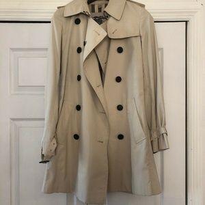 Womens Burberry Classic Kensington Trench Coat US